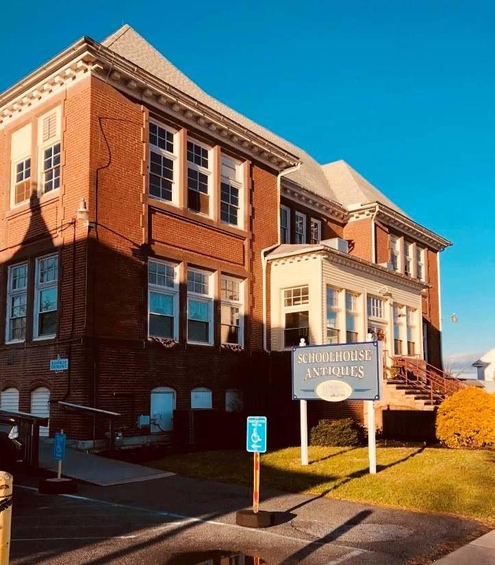 Schoolhouse Antiques